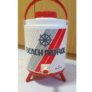 2.11 gallons / 8 litres Insulated picnic or party water dispenser with collapsible folding stand. Price Reduced to $20. Original price $65.