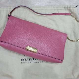 Very good deal! Burberry porsum sling bag in pink