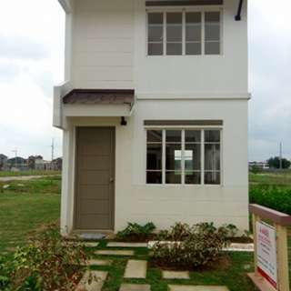 Single Attached House & Lot For Sale Amber in Savannah Fields Cavite