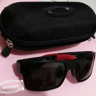 Kacamata hitam Oakley twoface/ sunglasse Oakletly twoface original