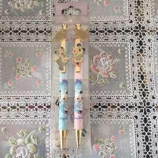 (一套2枝)全新香港迪士尼米奇米妮原子筆原芯筆 Hong Kong Disneyland Micky & Minnie Black Ball Pen & Mechanical Pencil