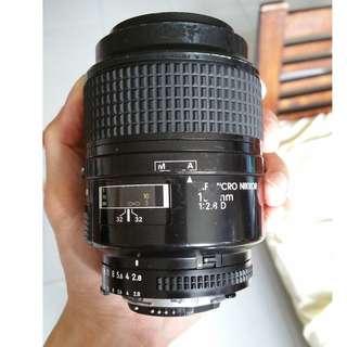 Nikon AFD 105mm f2.8 Micro