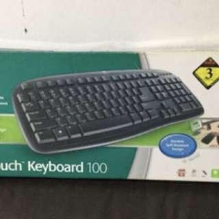 Logitech wire Keyboard