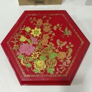 絕版收藏 紅A六邊形賀年全盒 (送迪士尼揮春)