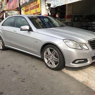 MERCEDES BENZ E250 Rental