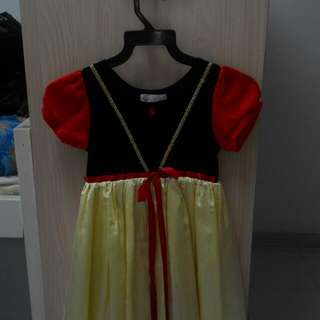 Disney Snow White Dress (Mini Princess)