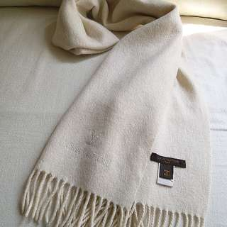 (95%New 厚而柔軟)100%Cashmere LV Vintage Scarf