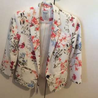 Floral blazer from Bershka