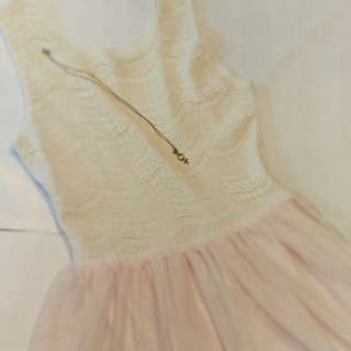 H&M KIDS- Laced party dress