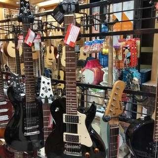 Cort E/Guitar CR100 BK Bunga 0% Dp 0% Cukup Admin 199.000 Tanpa CC