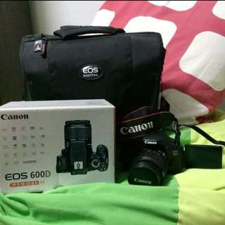 Canon EOS 600D with lens and brand new camera bag