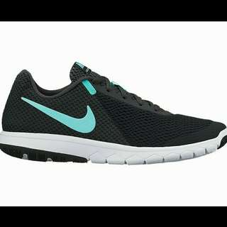 PRICE REDUCED!  WMNS NIKE FLEX EXPERIENCE RN 6