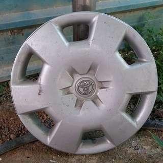 Kap Tudung Rim Kereta Toyota saiz 15in