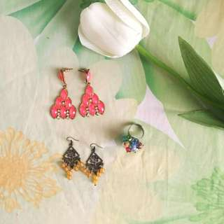 2 Pairs of Earrings and a Ring Bundle