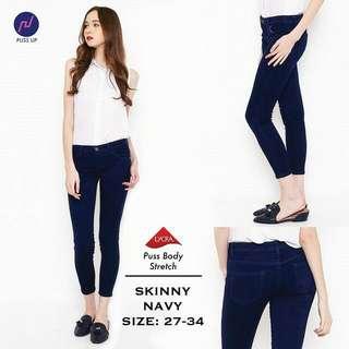 Skinny navy pants