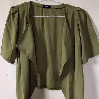 Outwear hijau