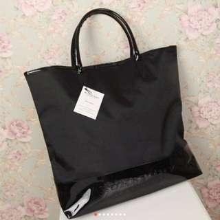 Burberry 黑色 尼龍 特大 單膊/手挽袋(Tote bag) ~ 專櫃VIP贈品