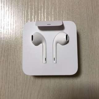EarPods 配備lighting 接頭