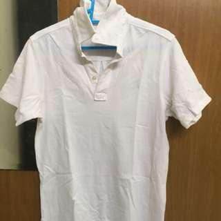 Baju T-shirt Kolar putih