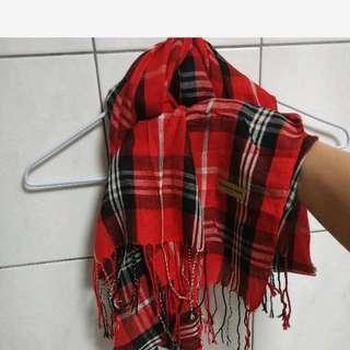 🚚 經典格紋圍巾