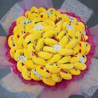 Valentine's emoji bouquet