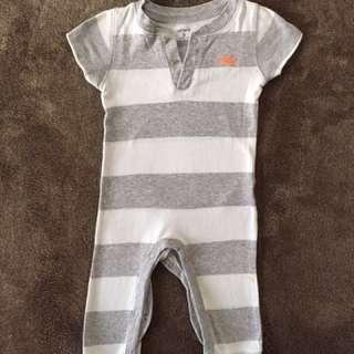 Carters onesie 9 months on tag