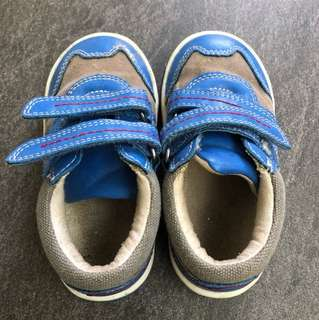Boy mothercare Shoes size 6