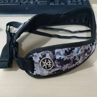 Crumpler Industry Disgrace camera strap (limited ed.)