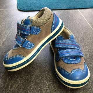 Boy mothercare Shoes size 5