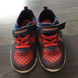 Pre-loved Skechers shoes for boys