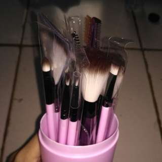 TERMURAH! 12 pcs + botol brush make up (new product)