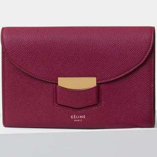 celine trotteur burgundy medium wallet 購於sogo