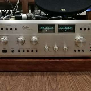 Accuphase integrated Amplifier