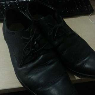 Sepatu vantofel brand lokal