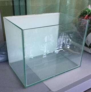 Glass Fish Tanks (Good Condition)