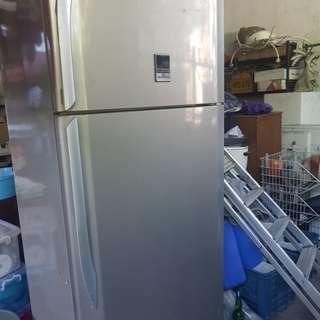 2 door ref/freezer