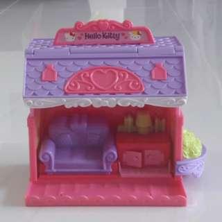 Hello Kitty House / Cafe