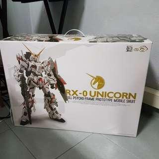 Dragon Momoko perfect grade unicorn gundam