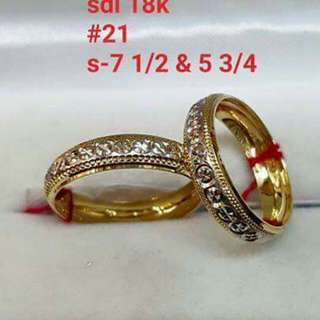 2.1 grms Wedding/couple ring 18k SD gold pawnable