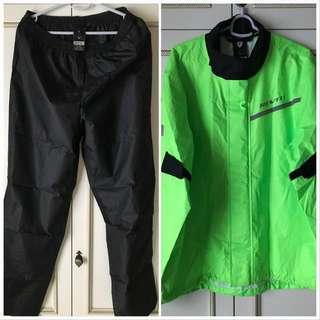 🔥 Price Lowered 😝 Rev It / Rev'it Combi 2 Rain Coat / Rain Jacket 🔥