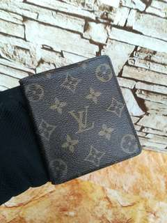 Authentic Louis Vuitton Bifold wallet Made in Switzland Datecode inside Condition Good Whatsapp www.wasap.my/60137178534