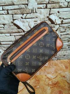 Authentic Louis Vuitton Marly dragone Cluthbag Made in France Datecode inside Good Condition Whatsapp www.wasap.my/60137178534