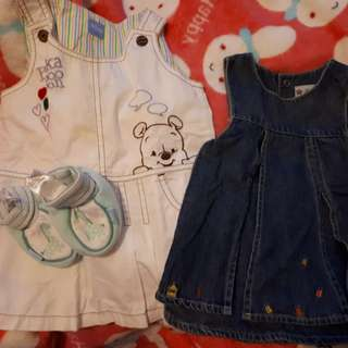 Giving away baby girl's clothes