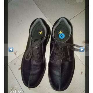 Dr Martens Shoes Men