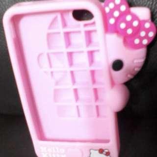Hello Kitty phone covet