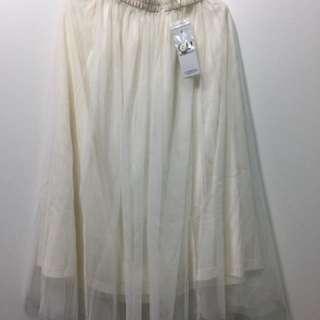 GU白色紗裙(全新吊牌未拆)