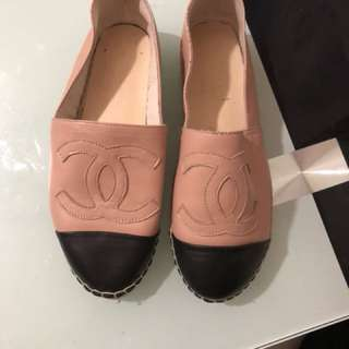 chanel espadrille with flaw