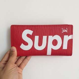 Supreme lv long wallet