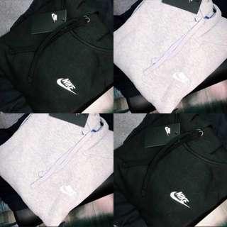 Nike hoodie 男女裝 減價了!!兩件有特別優惠!😍😍