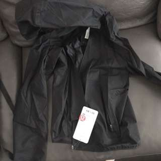 Lululemon wind shell jacket brand new